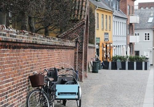 Mellem Lejre og Roskilde