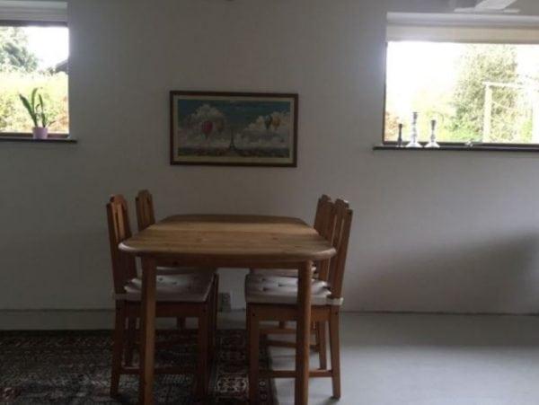 4130 værelse, 30 kvm, mdl. husleje kr. 3000 + 1 mdr forudbetalt leje