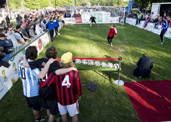 Fodboldfest i Roskilde