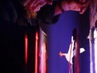 Sarah Peasgoed fra England med forestillingen De vilde svaner (Foto: Ida Dalsgaard Nicolaisen)