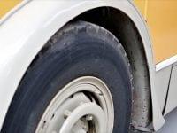 Hjulene på bussen…