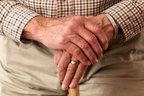 Flere varme hænder til ældreområdet
