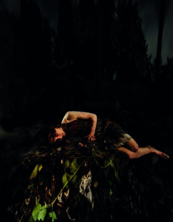 MED HÅNDEN PÅ HJERTET - En danseperformance i mørke