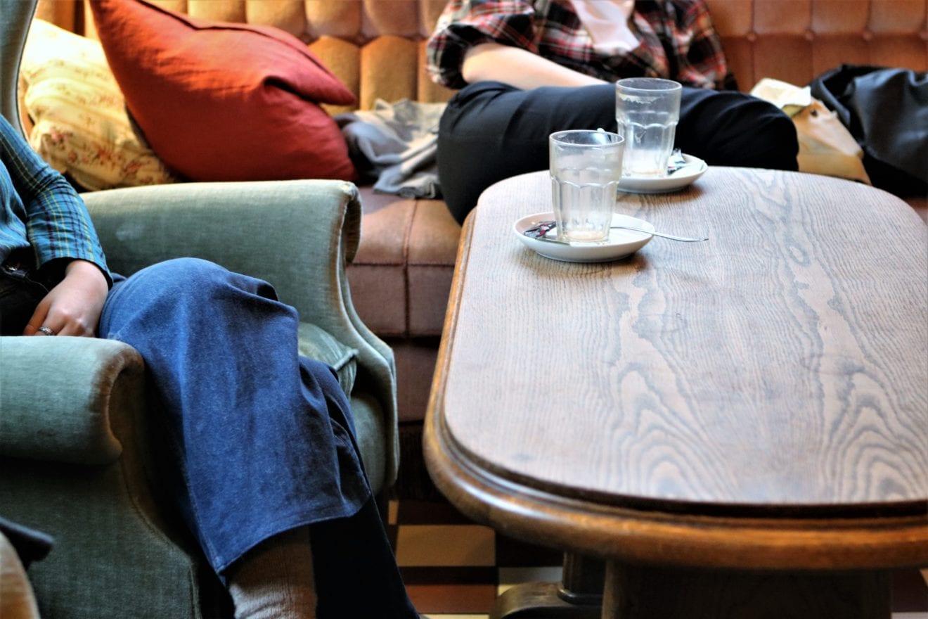 SPØRGEUNDERSØGELSE OM GIMLES CAFÉ