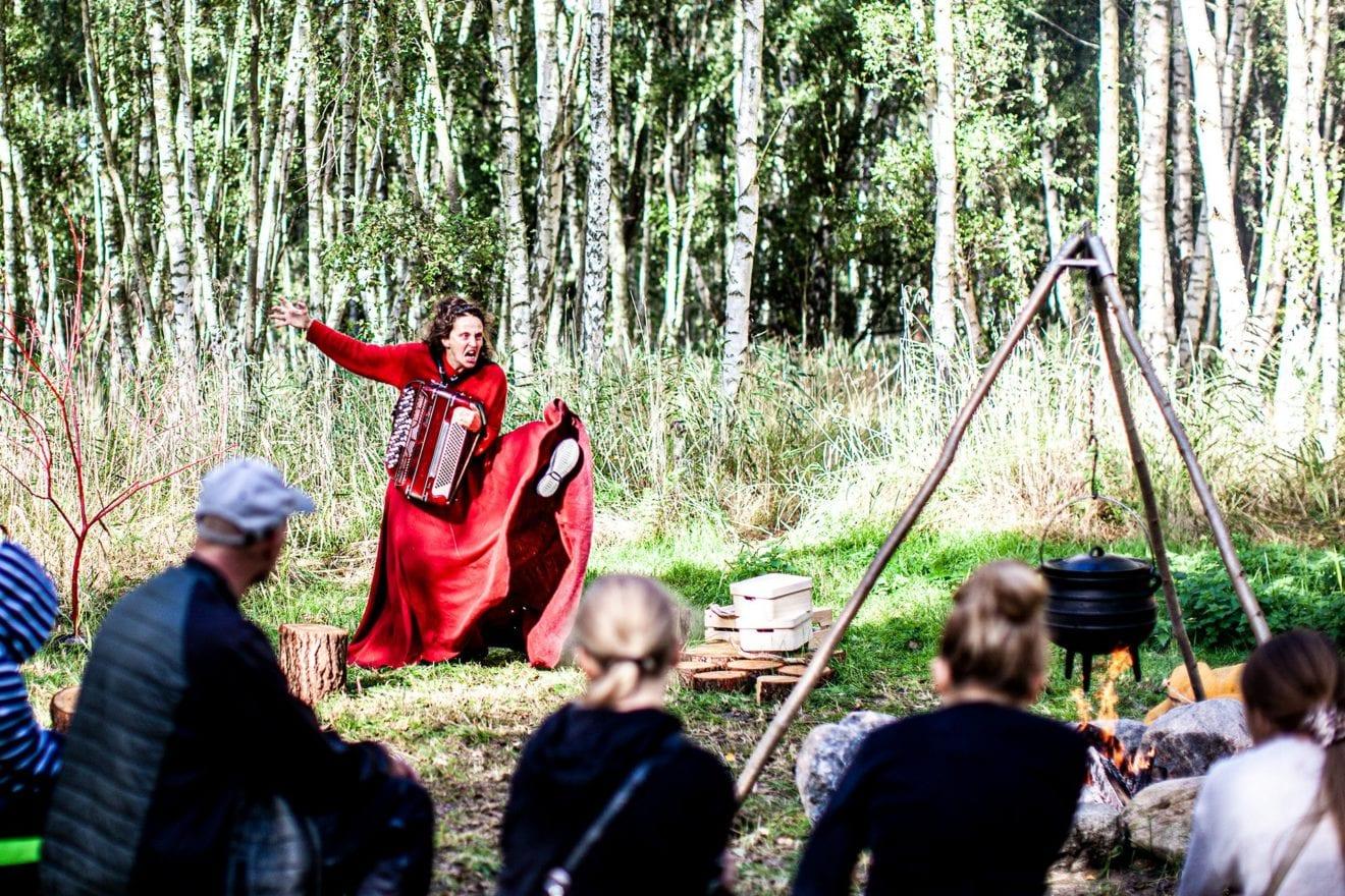 Sprællevende kultur på Stændertorvet i Roskilde