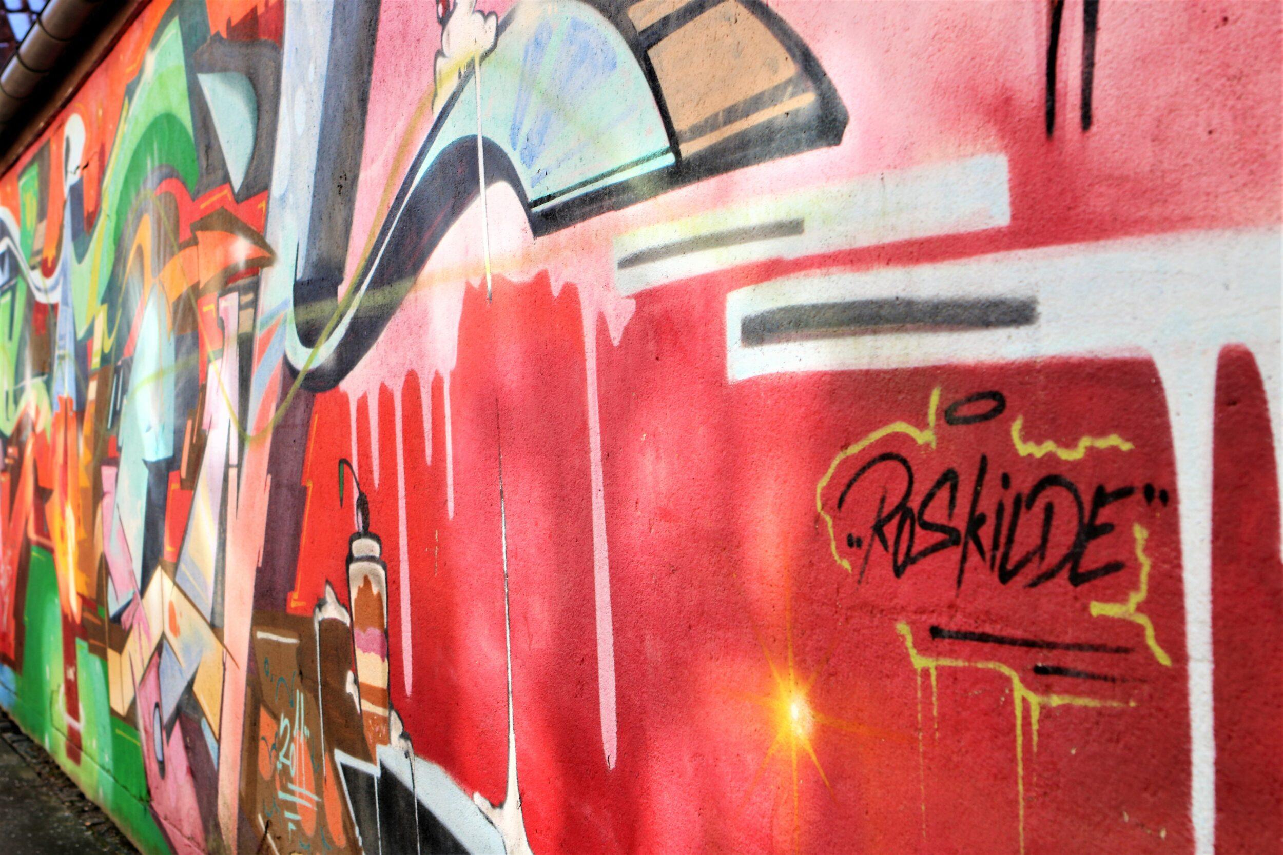 Vægmaleri tæt ved ROMU